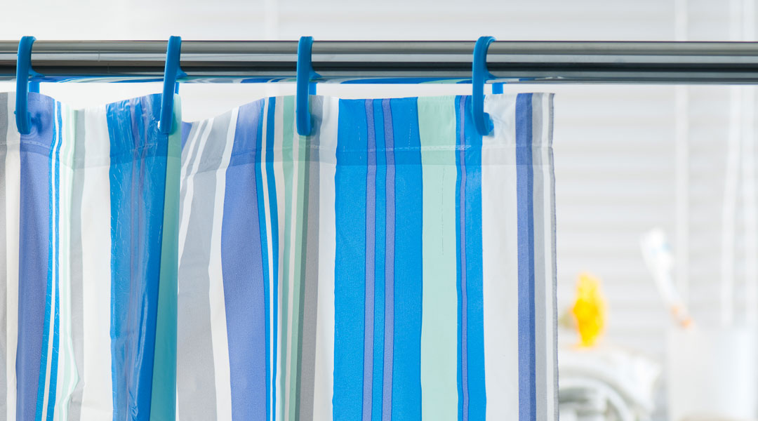 Green-Living-QA-Is-There-A-Natural-Alternative-For-Shower-Curtains_48668851