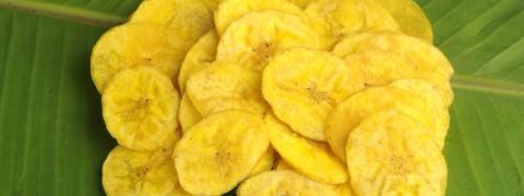 Banana-Chips_67703884