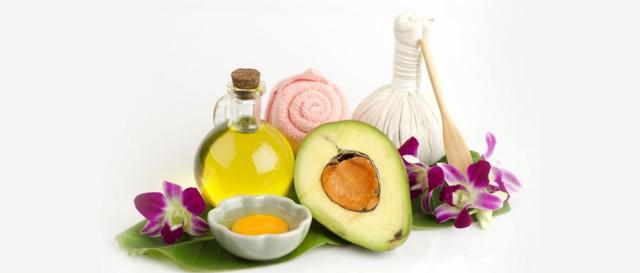 DIYs-For-Split-ends-Avocado,-Olive-Oil,-Eggs-_212870362-text