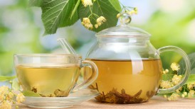 Herbal-Tea-For-Balancing-Body_109705586