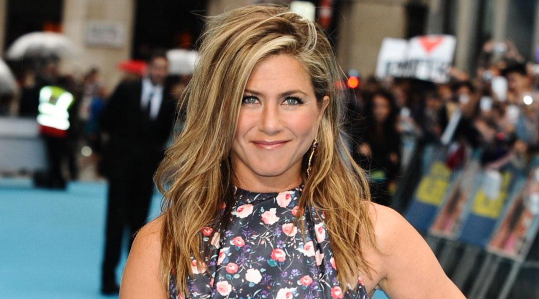 Jennifer-Aniston's-Best-Kept-Beauty-Secret-Can-Now-Be-Yours_150745481