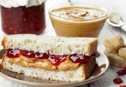 PB&J-with-Sunflower-Seeds-and-Strawberry-Jam_172741412