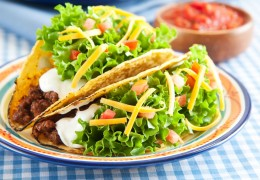 Pecan-Tacos-with-Spicy-Chili-Cucumber-Sauce_82801339