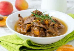 Stewed-Lamb-with-Apricots_168444758