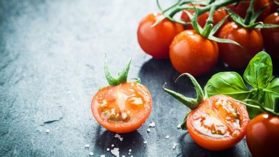 Raw-Tomato
