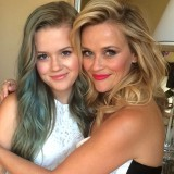 mothers-day-anti-aging-tips-reese-witherspoon