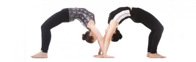 Urdhva-Dhanurasana-chakrasana-wheel-pose