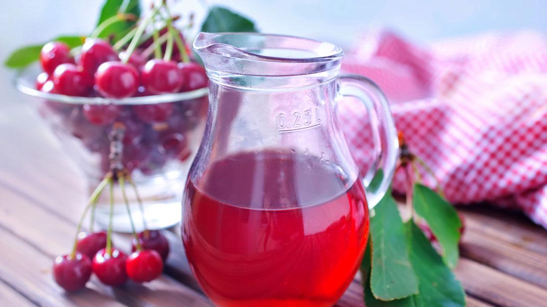 cherry-juice-for-good-sleep