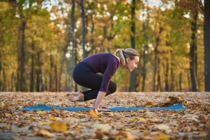 Pendant Pose (Lolasana)   Test Your Arm Balancing Skills