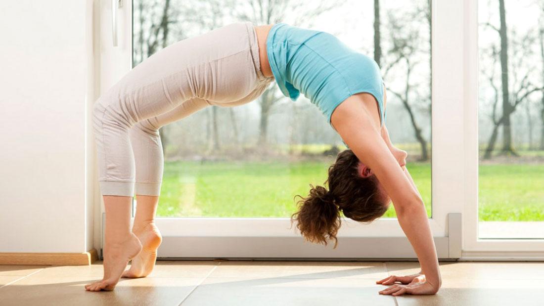 format of a iyengar yoga class