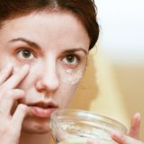 Causes and Remedies for Puffy Eyes/Dark Circles