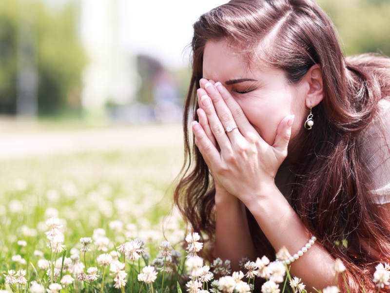 What Are the Symptoms and Causes of Seasonal Allergies?