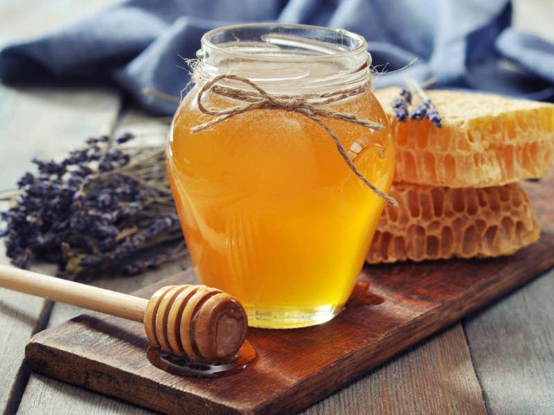 natural cough remedy jar of honey