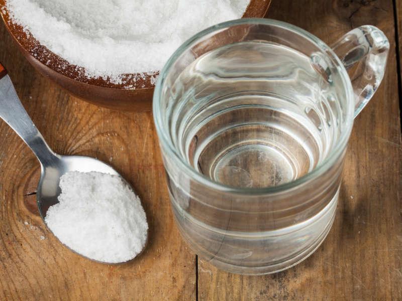 natural cough remedy salt and water gargle