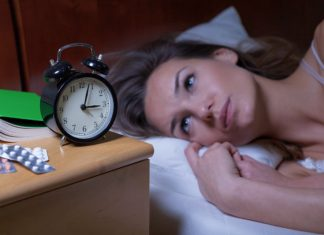 Beat Insomnia: 7 Foods that Help You Go To Sleep