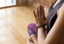 Stretching Exercises for Your Hands and Fingers