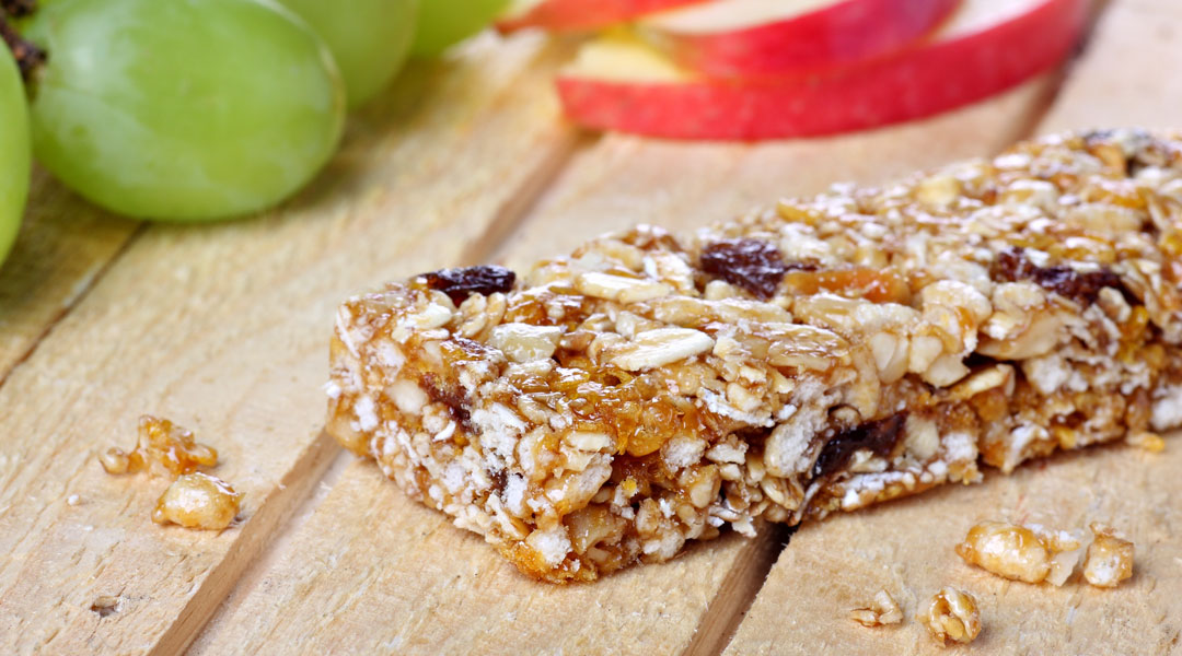 Healthy-Breakfast-Cereal-Bars_73128205