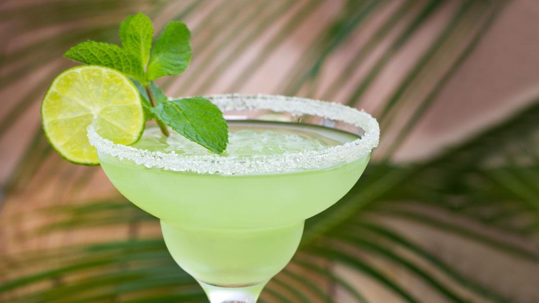 Cucumber-Margarita_183479075