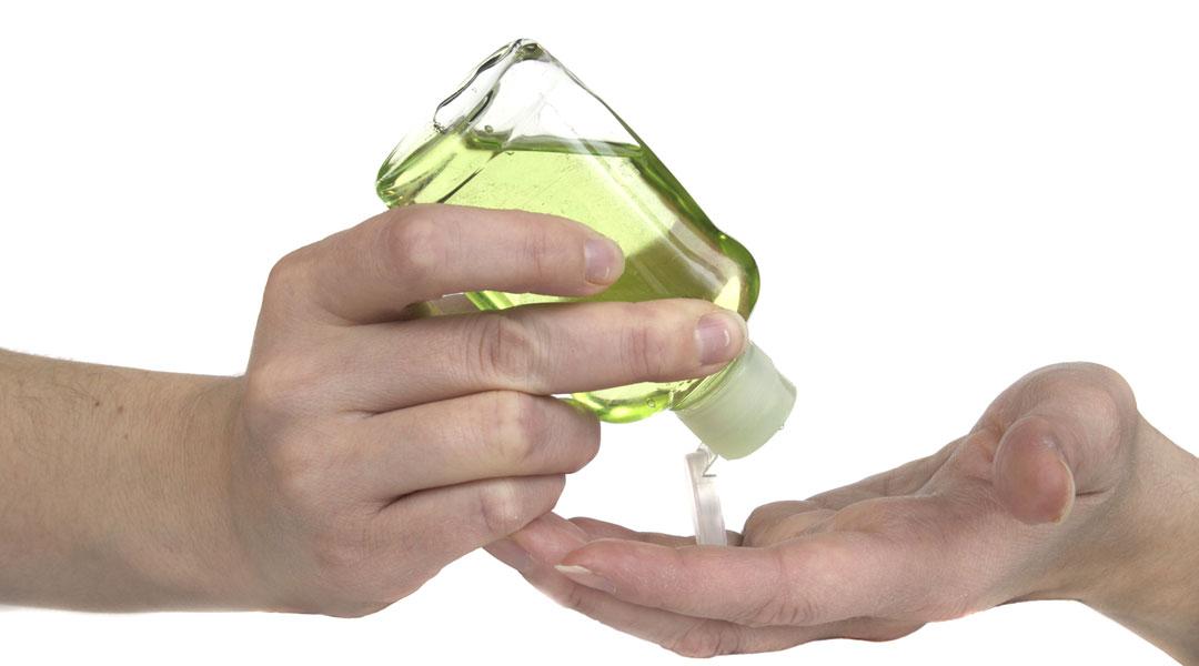 Hand-Sanitizer-Blend_39903223
