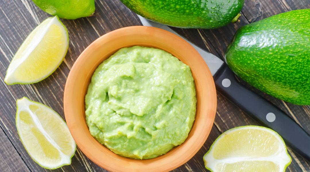 Healthy-Guacamole_163236209