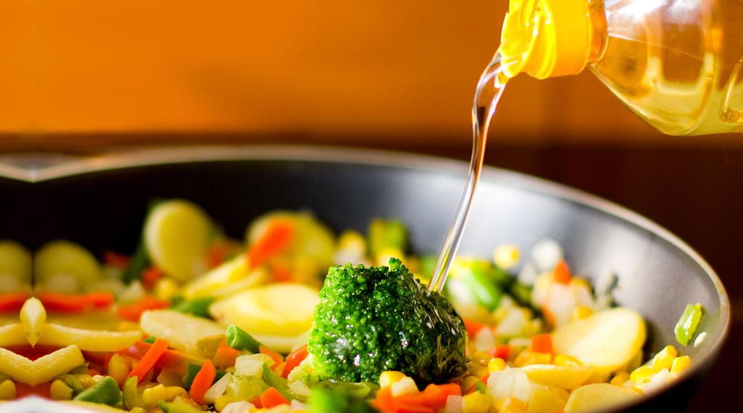 vegetable-oil_48666388