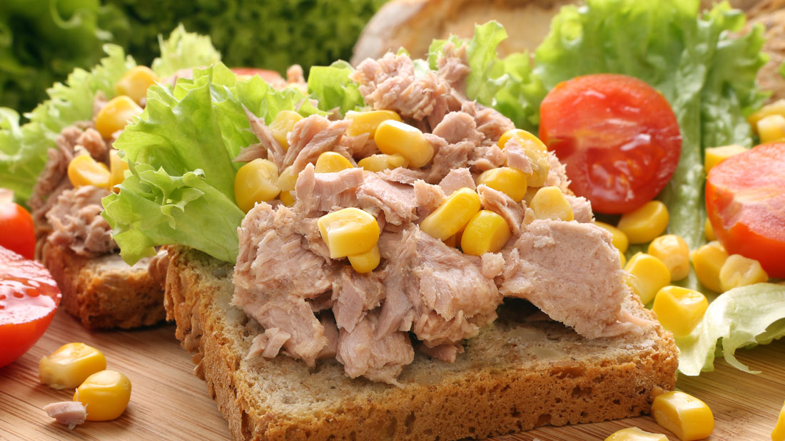 Smart-Foods-Tuna-For-Beauty-&-Weight-Loss_184976840