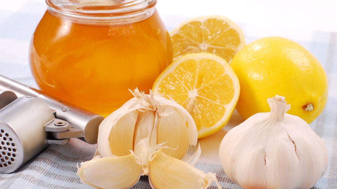 Reduced odor garlic cloves