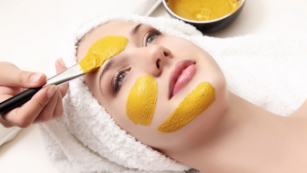 summer DIYs scrub face mask