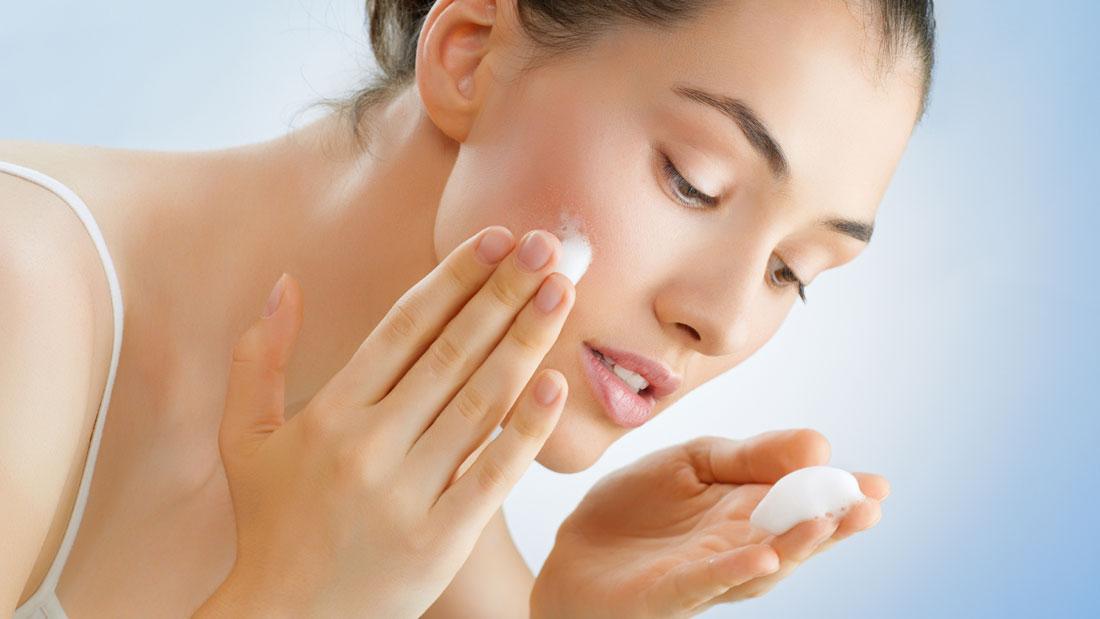 facial-cleanser-for-sensitive-skin