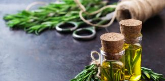5 Essential Oils To Treat An Ear Infection
