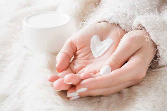 7 Natural Moisturizers To Promote Healthy Skin