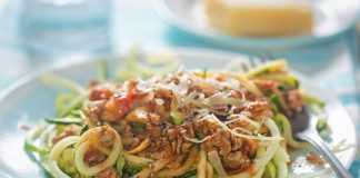 bolognese sauce over zoodles