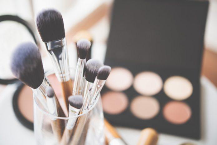 Dangerous DIY Beauty Hacks: Short Cuts to Avoid