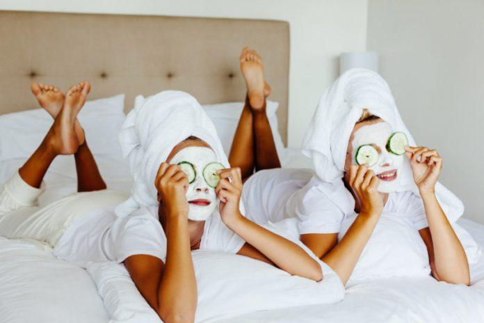 5 Home Spa Favorites For Pretty Women