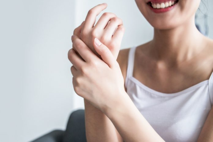 Dry Skin: Go The Extra Mile With These Simple Hacks