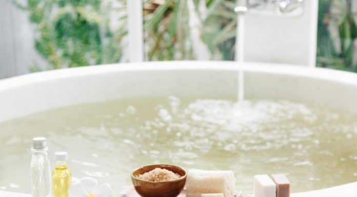 Flower Power: 5 DIY Spa Treatments For Total Relaxation