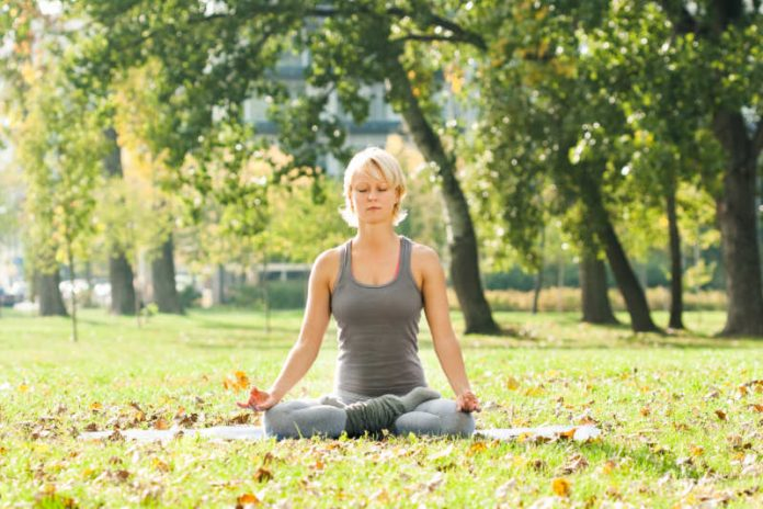 Half Lotus Pose | Improve Blood Circulation and Open Up The Hips