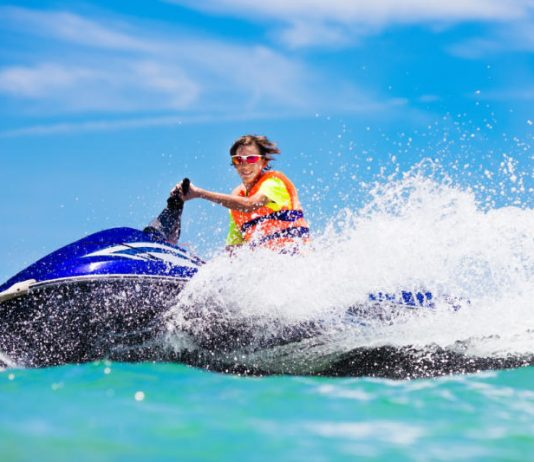 Outdoor Series: 5 Beautiful Places to Go Jet Skiing in California