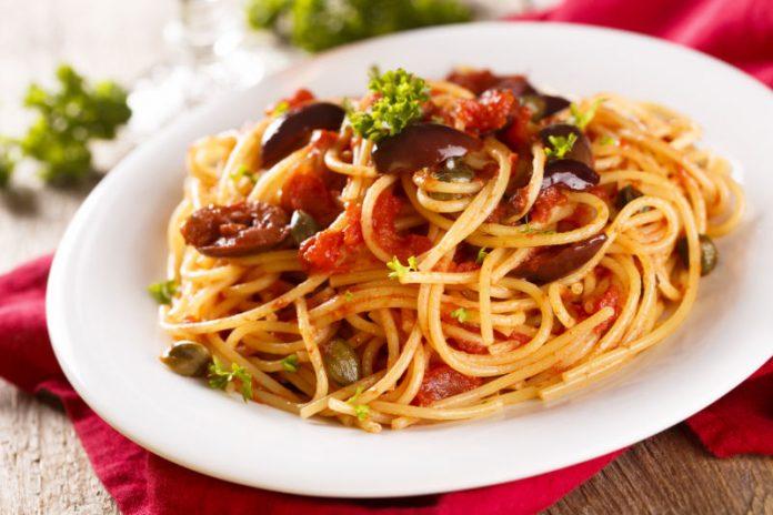 plate of pasta puttanesca