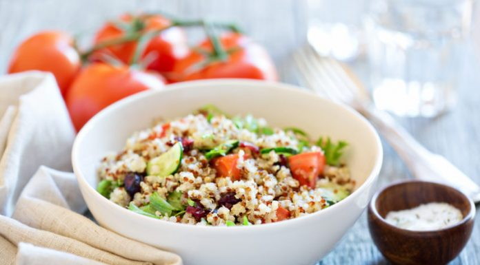 quinoa salad with tomatoes and cucumbers