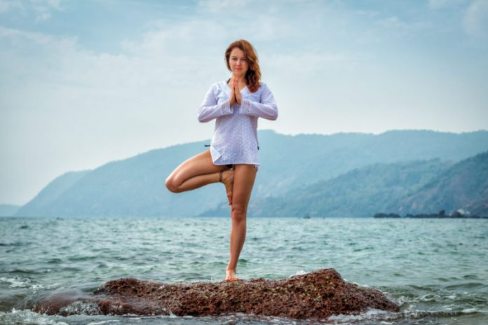 4th of July Yoga Poses to Practice at the Beach