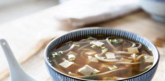 udon noodle soup in a bowl