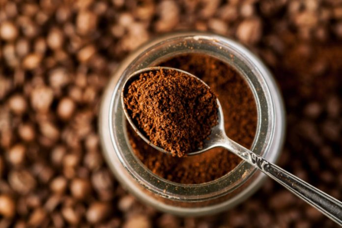 6 Smart Ways to Use Recycled Coffee Grounds