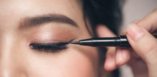 Make Your Own Homemade, Non-Toxic Eyeliner