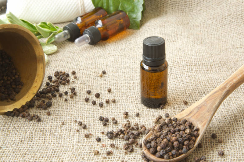 Black Pepper Oil | Take Care of Arthritis Pain and Improve Circulation