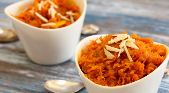 Carrot Halwa in small bowls