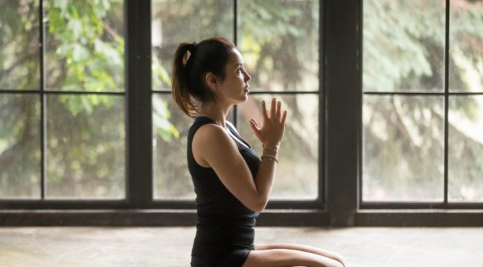 Hero Pose (Virasana) | Improve the Flexibility and Mobility of Your Knees