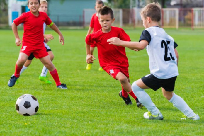 Why You Should Encourage Your Kids to Play Sports