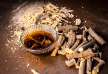 Licorice Root DIY Treatments for Damaged Skin & Oily Hair