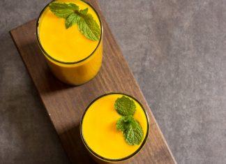 Mango Amchur Smoothie with mint